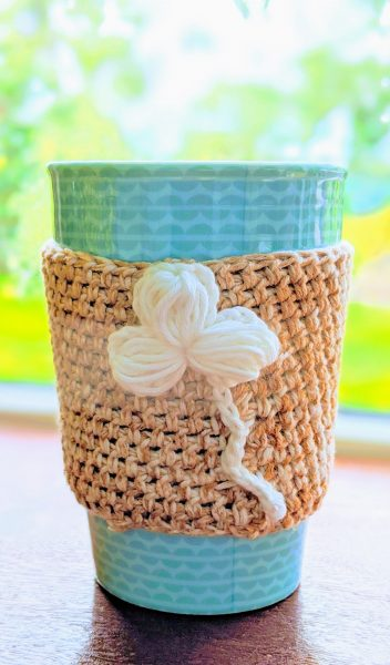Crochet cup sleeve